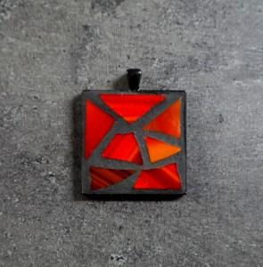 4,5x4,5 cm: 3500 Ft / 12 €