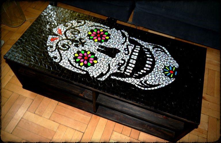 asztal_koponya_01