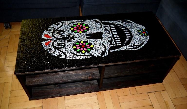 asztal_koponya_02
