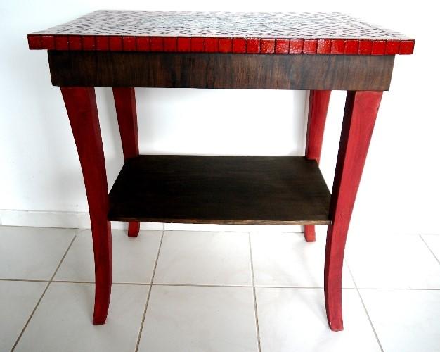 asztal_voros_03